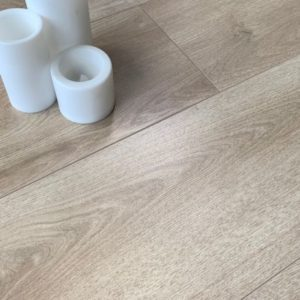 Laminat Made in Germany Eiche beige Breitdiele
